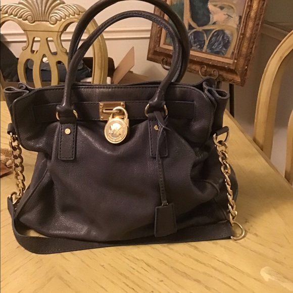 100% Authentic MICHAEL KORS HAND BAG